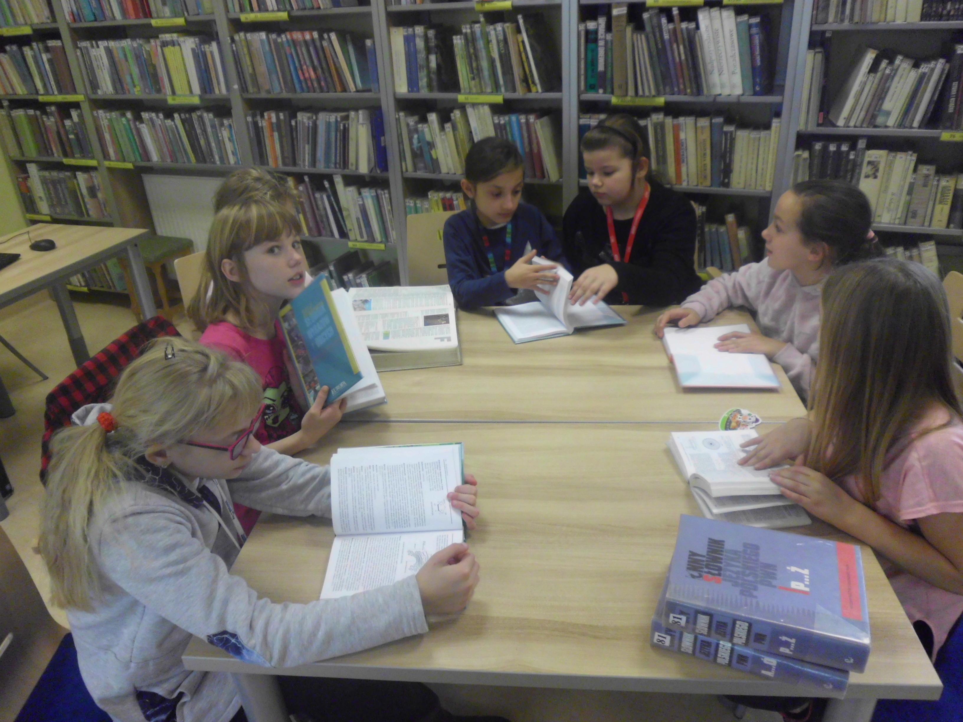Poszukiwanie informacji w bibliotece